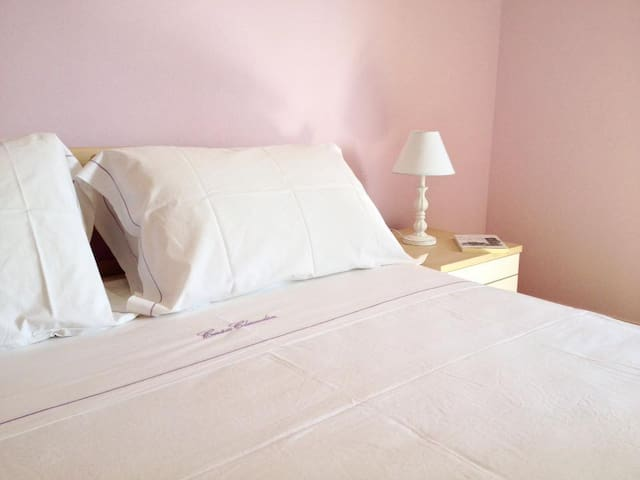 ClaudiaHouse: elegant relax few steps from beach