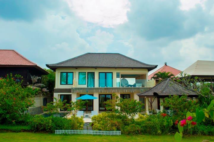 Andaru Villa Tanah Lot