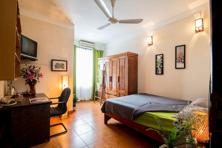 Friendly and cozy welcome family - Ha Noi, Chuong Duong Do District - Casa