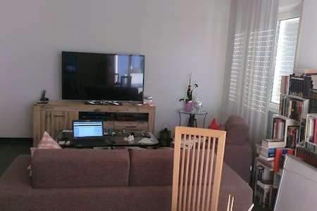 Wohnung: Messe, Monteure, Urlaub - Idstein