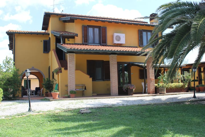 Apartment + pool Maremma Tuscany