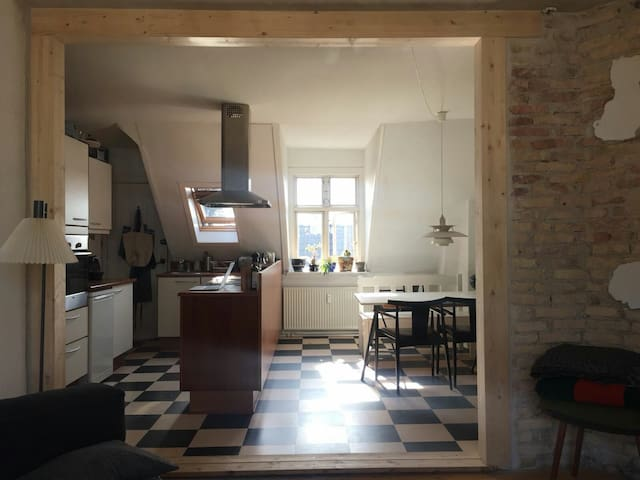 Babyfriendly apartment with balcony in Nørrebro