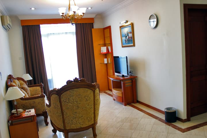 Family 3 Bed Room with Balcony & Kitchenette