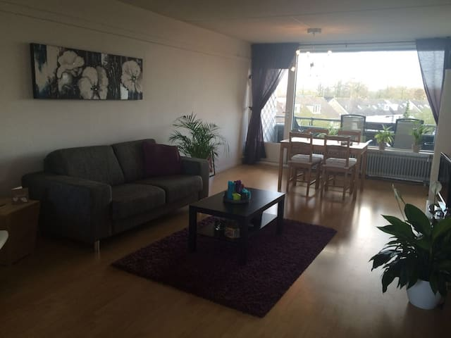Spacious apartment close to Utrecht - Bunnik - Apartment