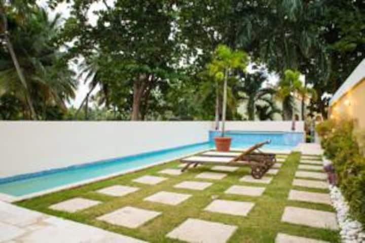 Gorgeous 4 Bedroom Villa with Pool, Palmas del Mar
