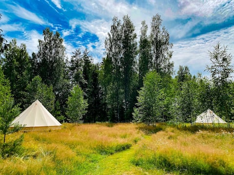 Meadow glamping Large