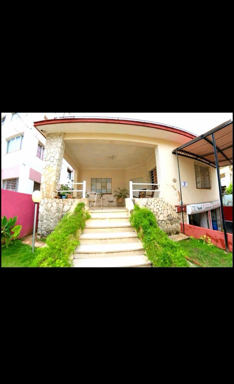 Baby y Karla Vedado mi casa es tu casa :)