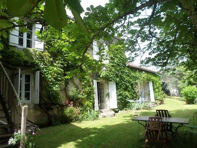 La maison du Goupillou (Périgord)