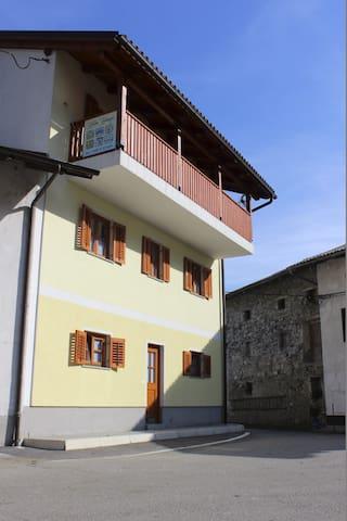 Hiša Kranjc - veliki apartma - Svino - Apartment