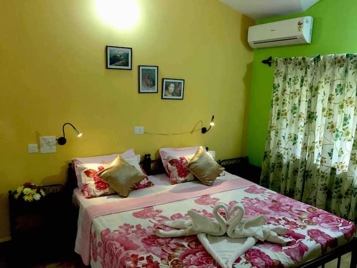 Luxurious Room in Majorda 6