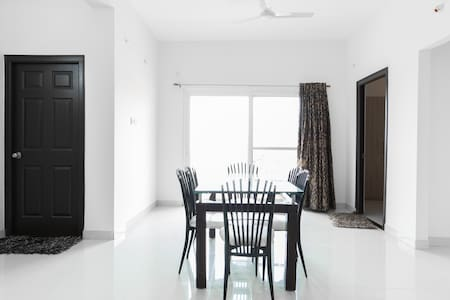 Cozy and Decent Apartment in Gachibowli - Hyderabad