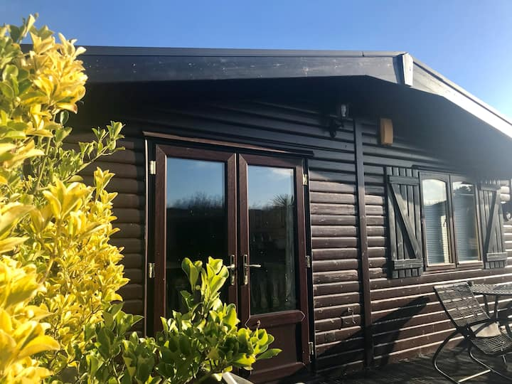 3 Bedroom Log Cabin on Shorefield Country Park
