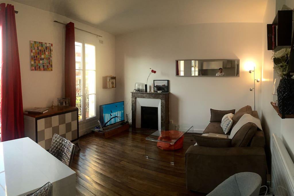 Living room / salle à manger