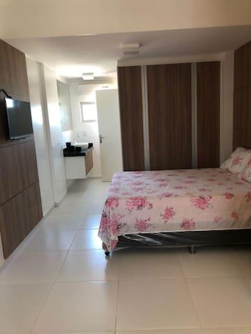 Apartamento duplex quarto sala a beira mar