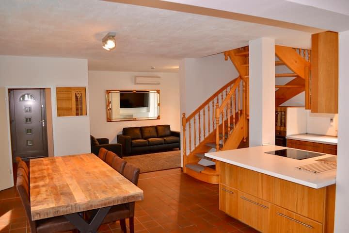 Klima, Fußbodenheizung, 2Terrassen, 4Schlafzimmer