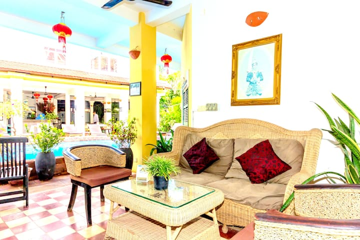 Luxury Space with Pool View Free Transfer