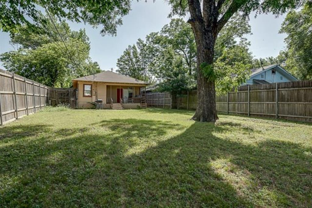 Large Fenced in Backyard great for Pets and Grilling Out.