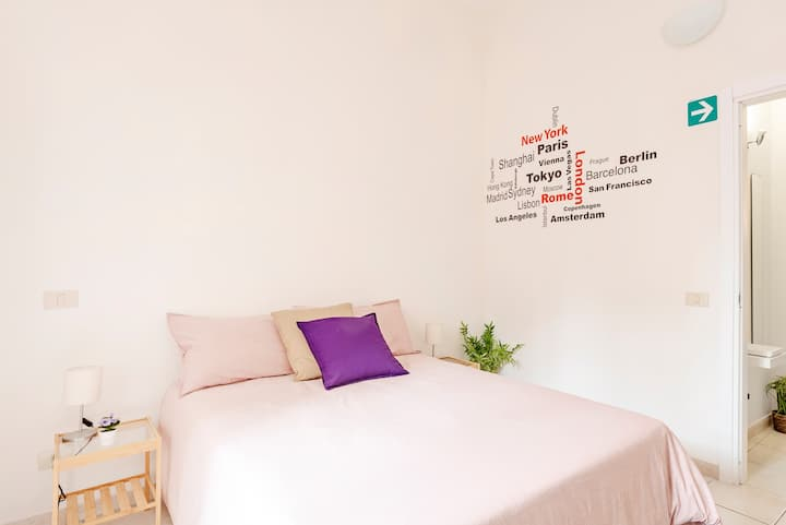 Central cozy & nice apartment,WI FI
