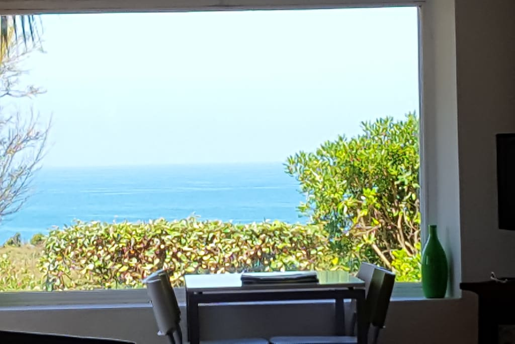 Chambre d 39 amour tr s belle vue mer houses for rent in for Biarritz chambre d amour