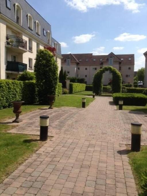 espace jardin de la résidence