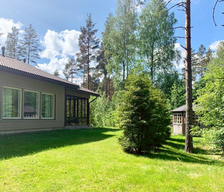 Cottage near the lake in Finland