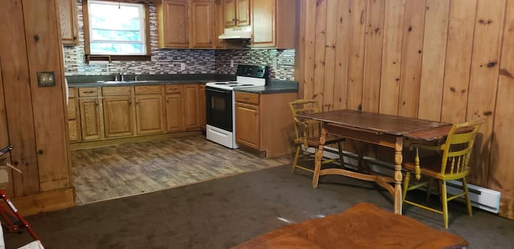 Secluded Pseudo-Rustic Creekside 2 Bedroom Apt.