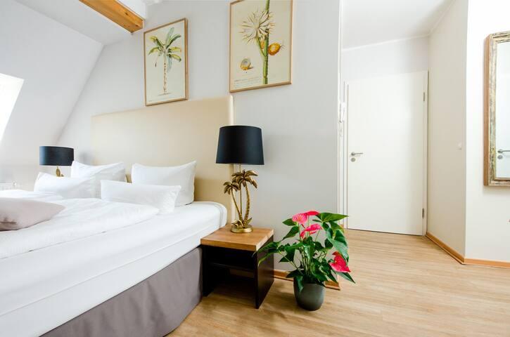 "Design Apartments - ""Holländerviertel, Apt. 19"""