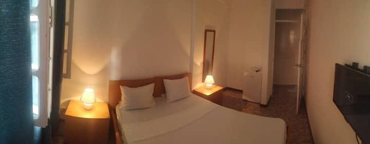 Plateau Bedroom & Chambre - Praia Center Q4