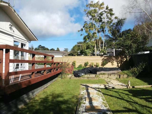 Cosy & Ecomny stay in North Auckland