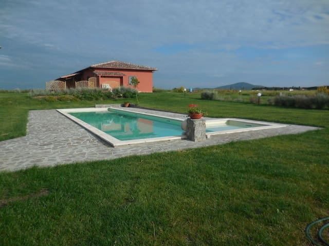 LavandaCountryHouse, app. Tramonto - Pescia Romana - Apartmen