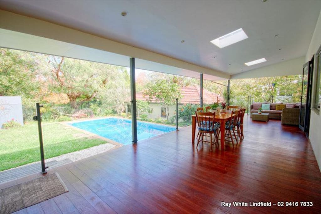 Outdoor deck with pool and BBQ - enjoy al fresco dining!