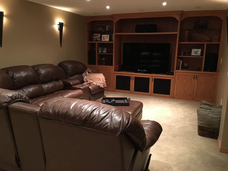 Room For Rent Near Downtown Calgary