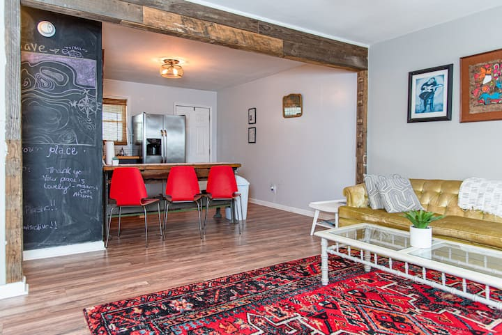 The Funky Flat in Park Circle