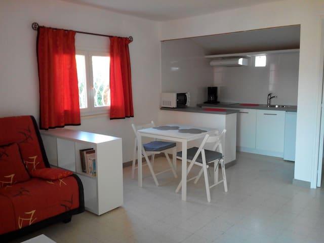 Studio 25 m2 sympa dans quartier calme - Six-Fours-les-Plages - Apartamento