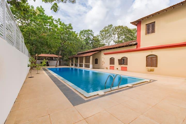 4-bedroom Goan villa with a private pool/73969
