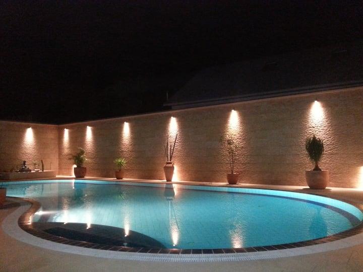 Location de tourisme Villa BelAir piscine chauffée