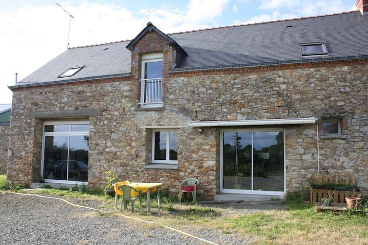 Chambres dans longère au calme - Saint-Vincent-des-Landes - Hus