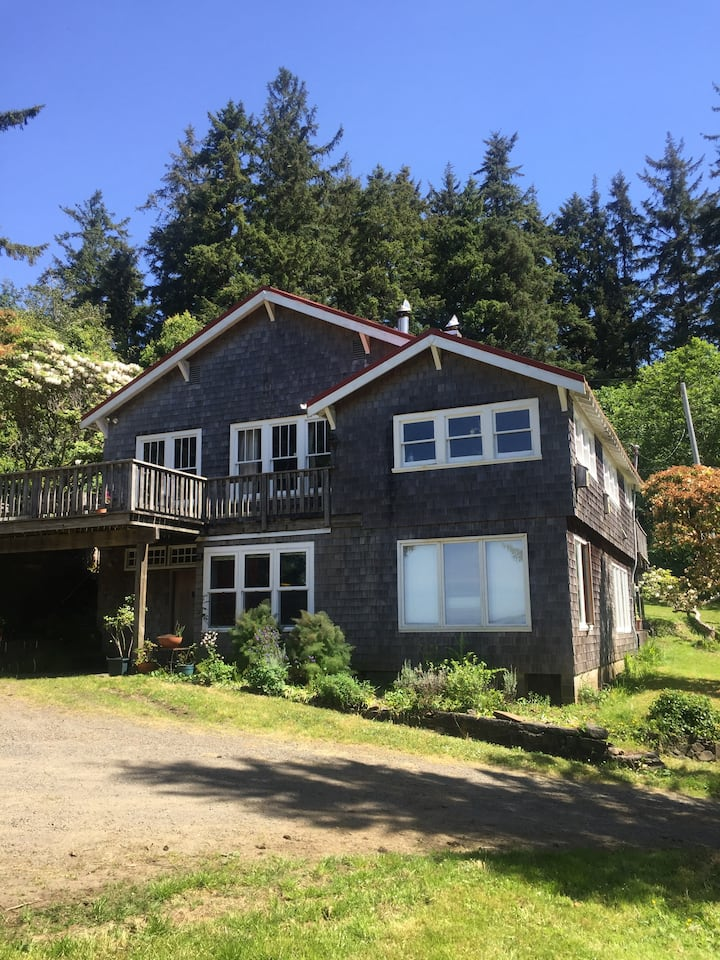 Whiskey Creek House on Netarts Bay