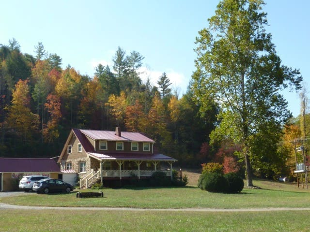Rock House close to Hot Springs - Marshall - Casa