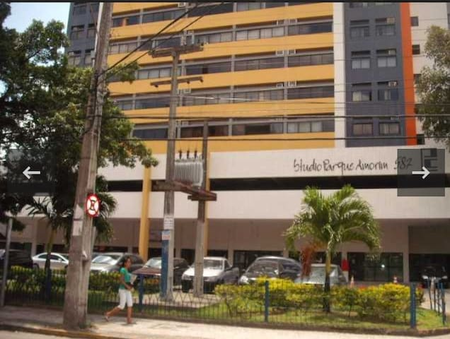 Studio mobiliado na Boa Vista.