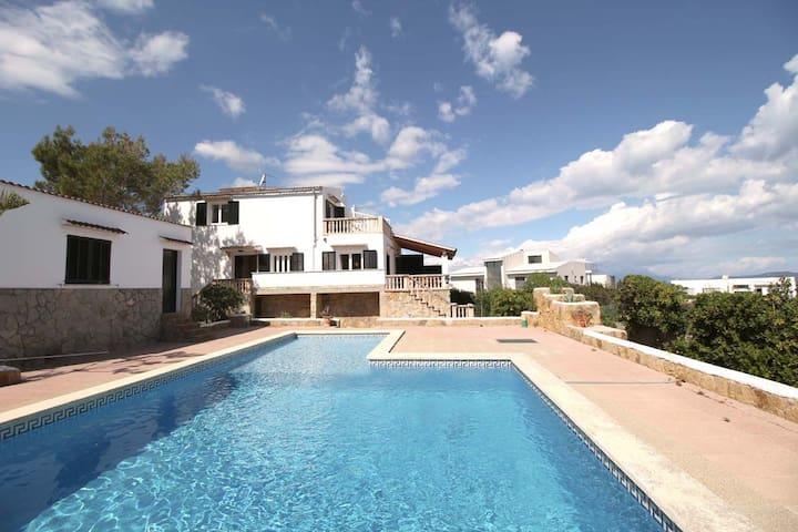 Villa Ferrutx, Private Pool and Sea Views.