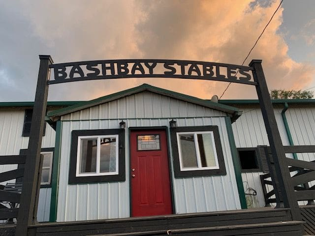Bashbay Stables  Barndominium. Horse friendly!