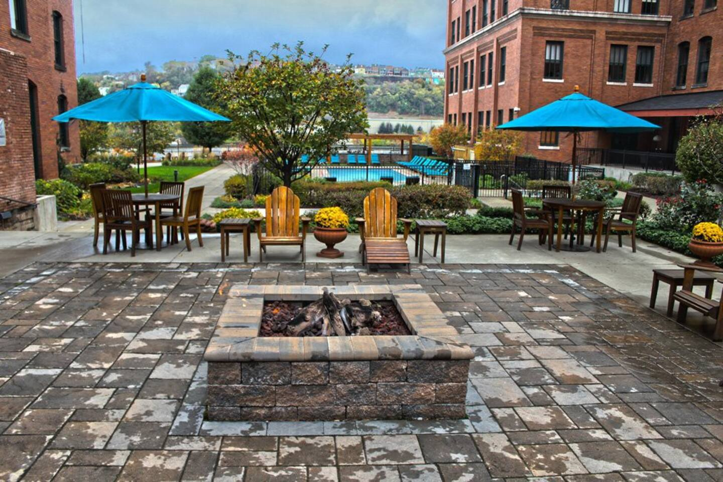 The fire pit in the private courtyard.