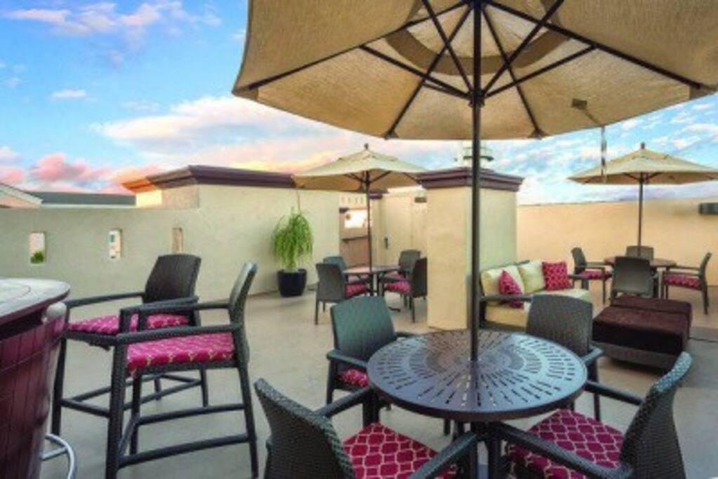 Peacock Suites Resort 3 Bedroom Condominiums For Rent In