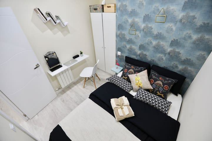 New 5 Star Room &Double bed &Heart of center(2)