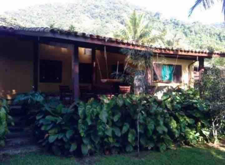 Casa Amarela da Fortaleza (50 mts da praia)