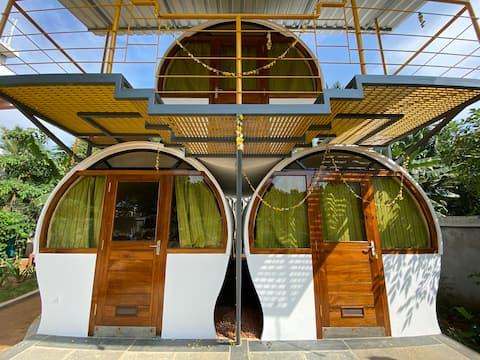 Circular cabin 1 -Glutotel homestay near Auroville