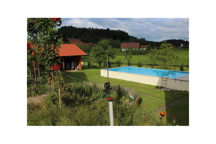 """Well-Furnished Apartment """"Lilie"""" on Farm close to Lake Constance with Wi-Fi, Terrace, Garden & Pool; Parking Available"""