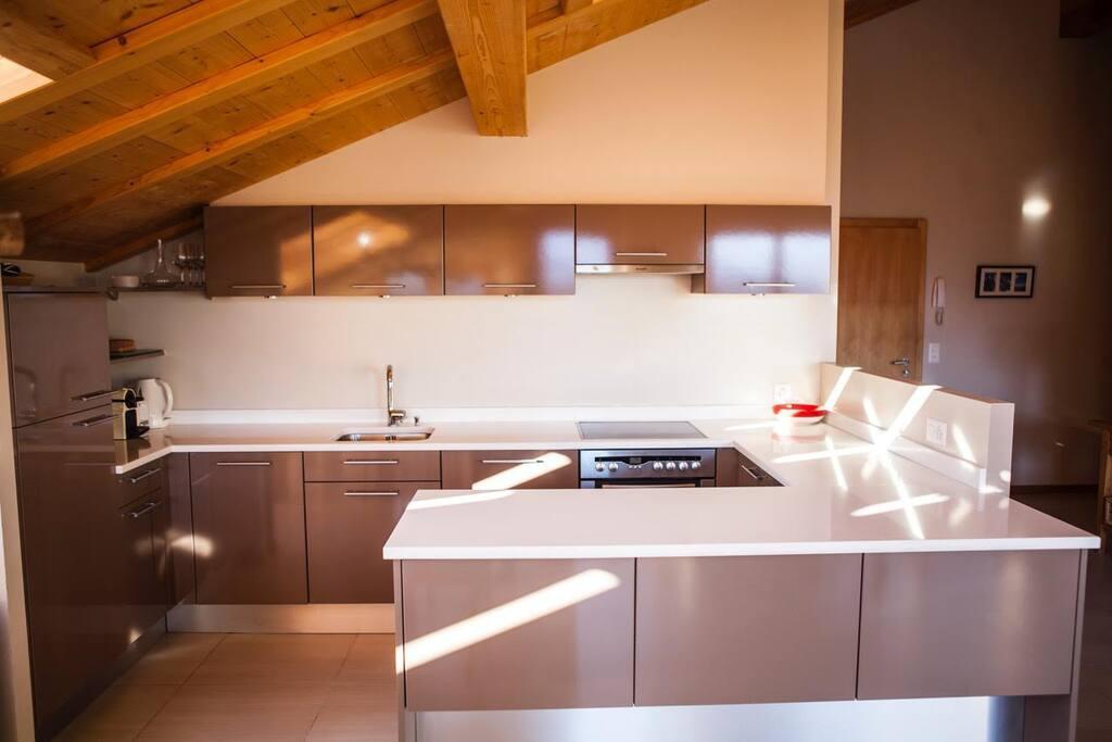 Kitchen (Dishwasher)