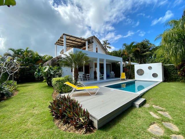 Vitao  Playa 7a Las Ballenas piscina privada
